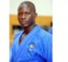 emmanuel nartey dedicates judo medal to his late father